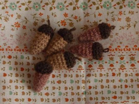 編みぐるみ どんぐり 2