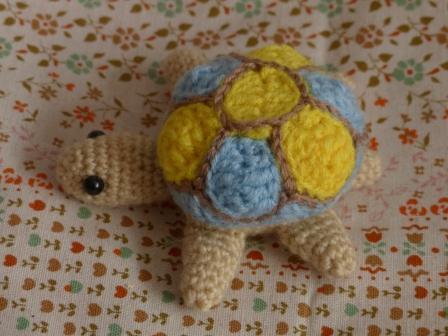 編みぐるみ カメ 2