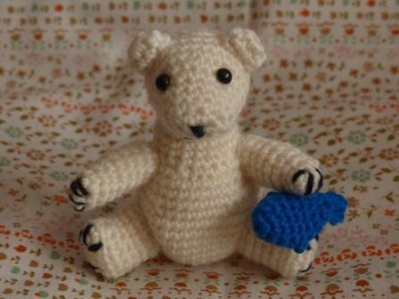 編みぐるみ シロクマ 1