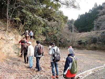編集_2017年3月19日城の会見学会(駈倉山付城) 003