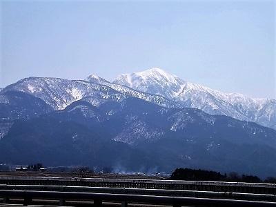 2017年3月28日(火)荒島岳と周辺の景観、佐開城の踏査 (2)