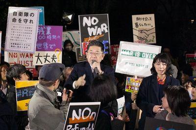 次は私たちの番だ!SEALDsの流れを継ぐ新団体未来のための公共国会前集会――もっと気軽に政治について話せる場所がほしい!森友学園どうなっているの? 17317