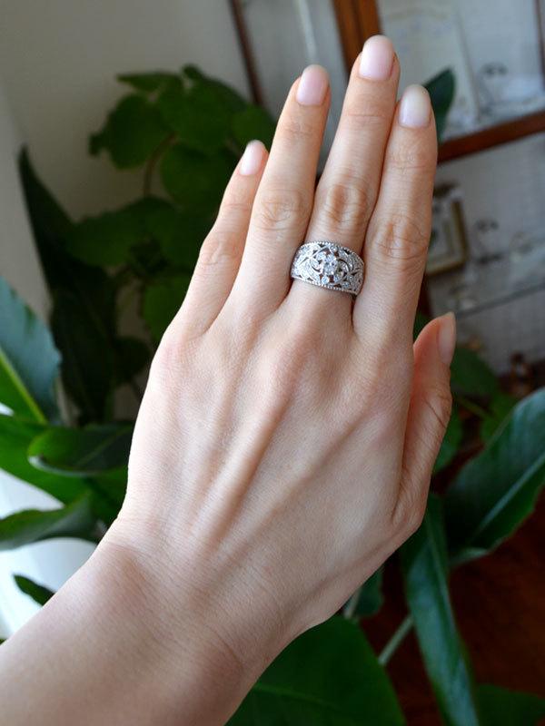 Pt900製プラチナダイアモンド植物モチーフボリュームリング指輪透かしミル打ち