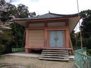 神童寺収蔵庫