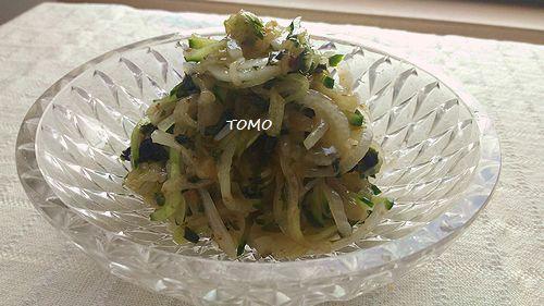 新玉ねぎときゅうりの中華サラダ