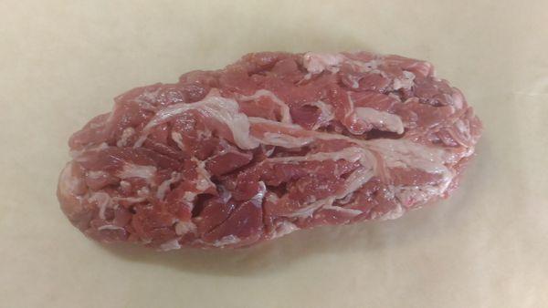 豚切り落とし肉でローストポーク1