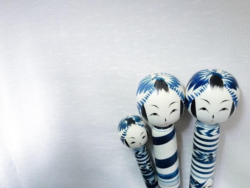 bluekokeshi_01.jpg