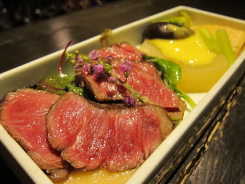 春の香り(常陸牛ロース・大根・タラノメ・フキ・椎茸・筍・サラダ)