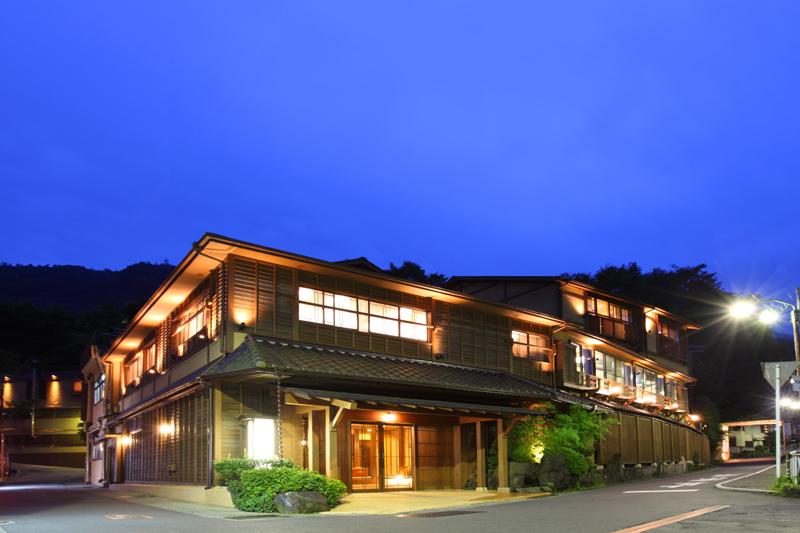 90年の歴史ある老舗旅館がプロデュースする今年オープンのバリ風ハイグレード旅館で若いスタッフと一緒に働きませんか!
