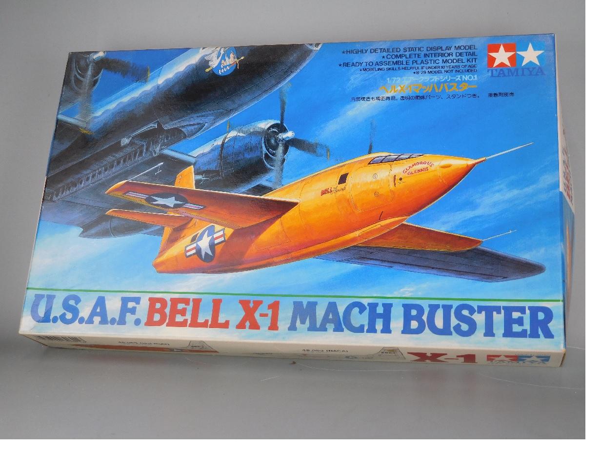 ベルX-114