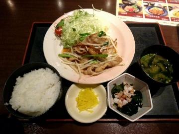 カッパ・クリエイト 北海道 生姜焼き定食01 201612