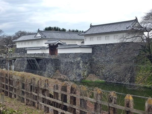 山形城 - お城散歩