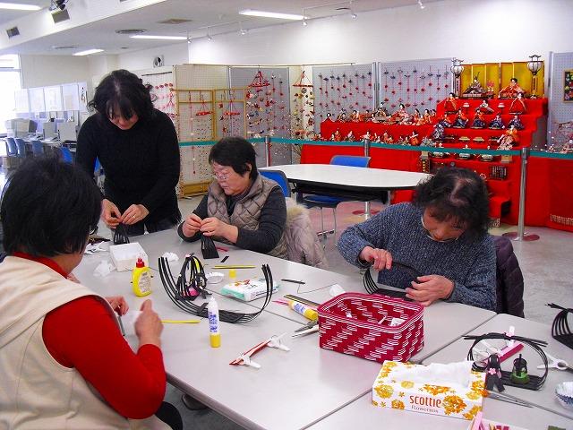 「東海道のおひなさま亀山宿・関宿」で和小物講座&つるし雛講座を開催しました。