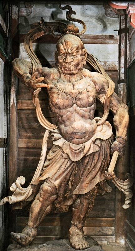 東大寺南大門・仁王像~体の中心(真ん中)から撮影した写真