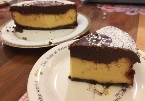 チーズとチョコの2層ケーキ