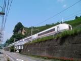 JR万座・鹿沢口駅 停車中の651系