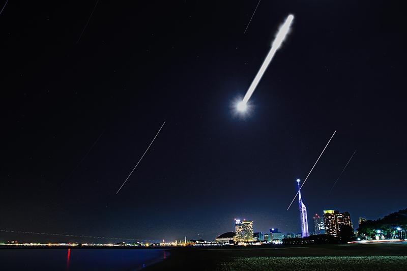 海浜公園の月と星-