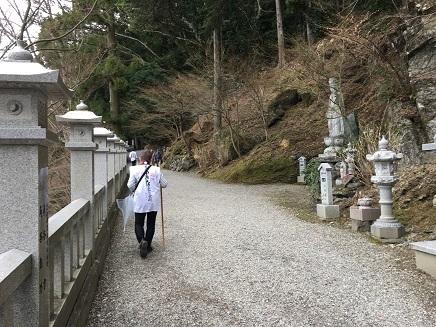 12番焼山寺本堂へS2