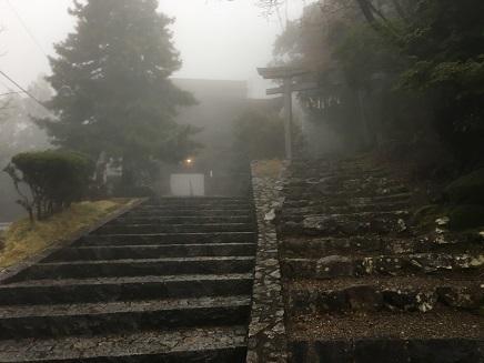 27番神峯寺の山門へS2