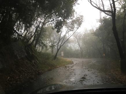 27番神峯寺への山道S1