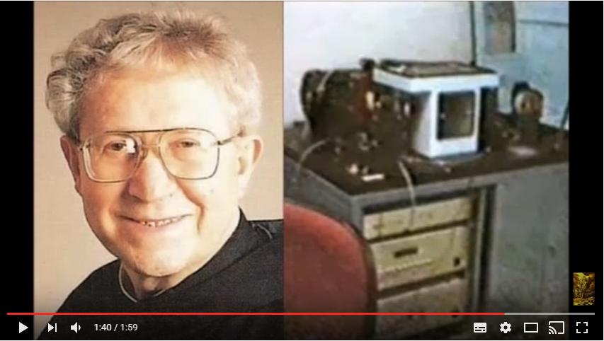 神父と機械
