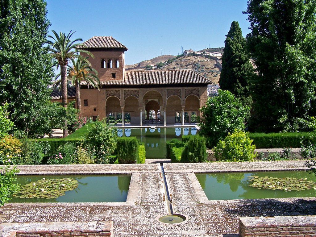Alhambra-Garden-Granada-Spain.jpg