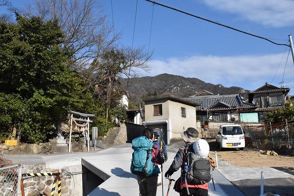 岳浦山3-18