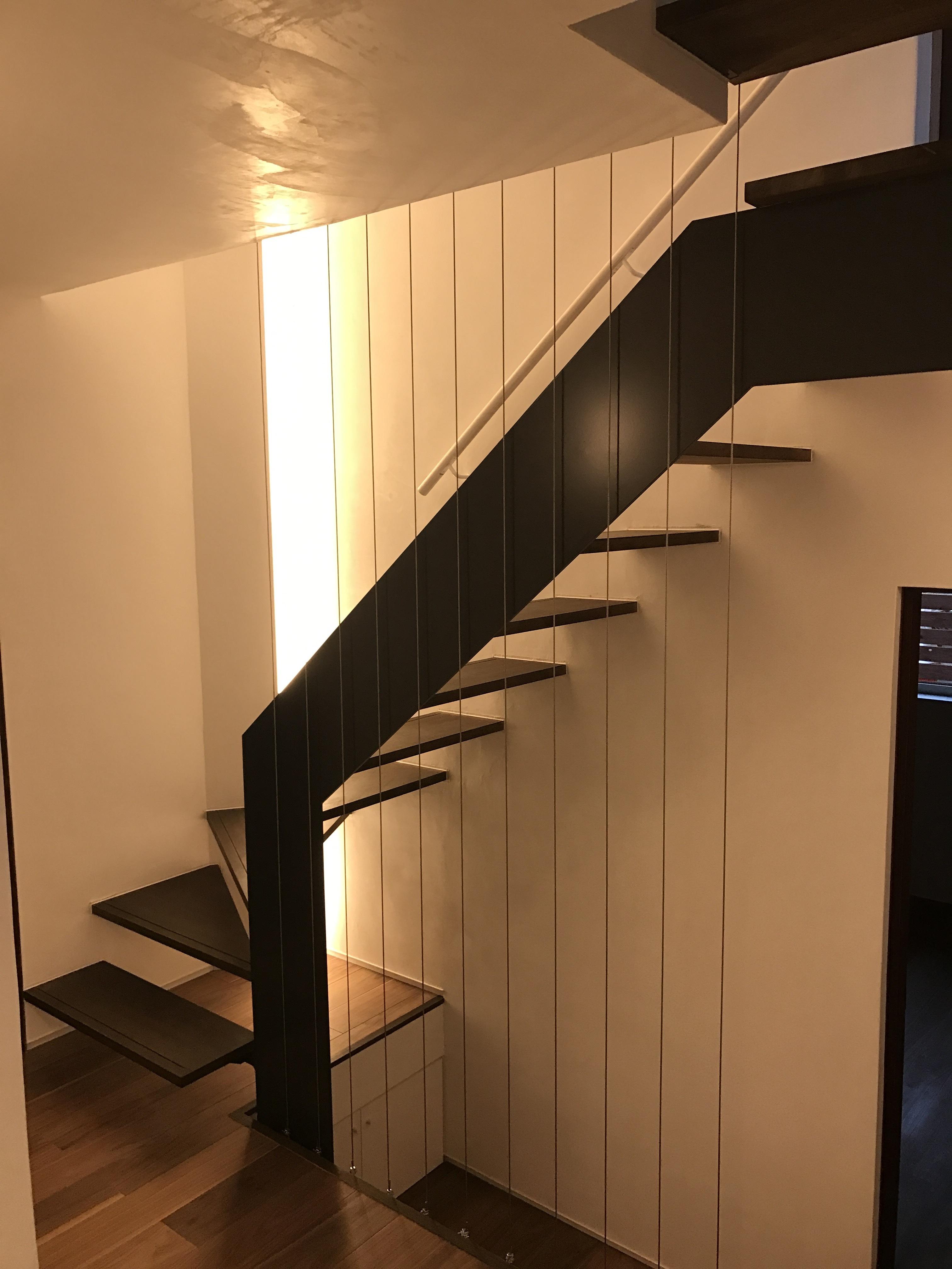 階段ホール1