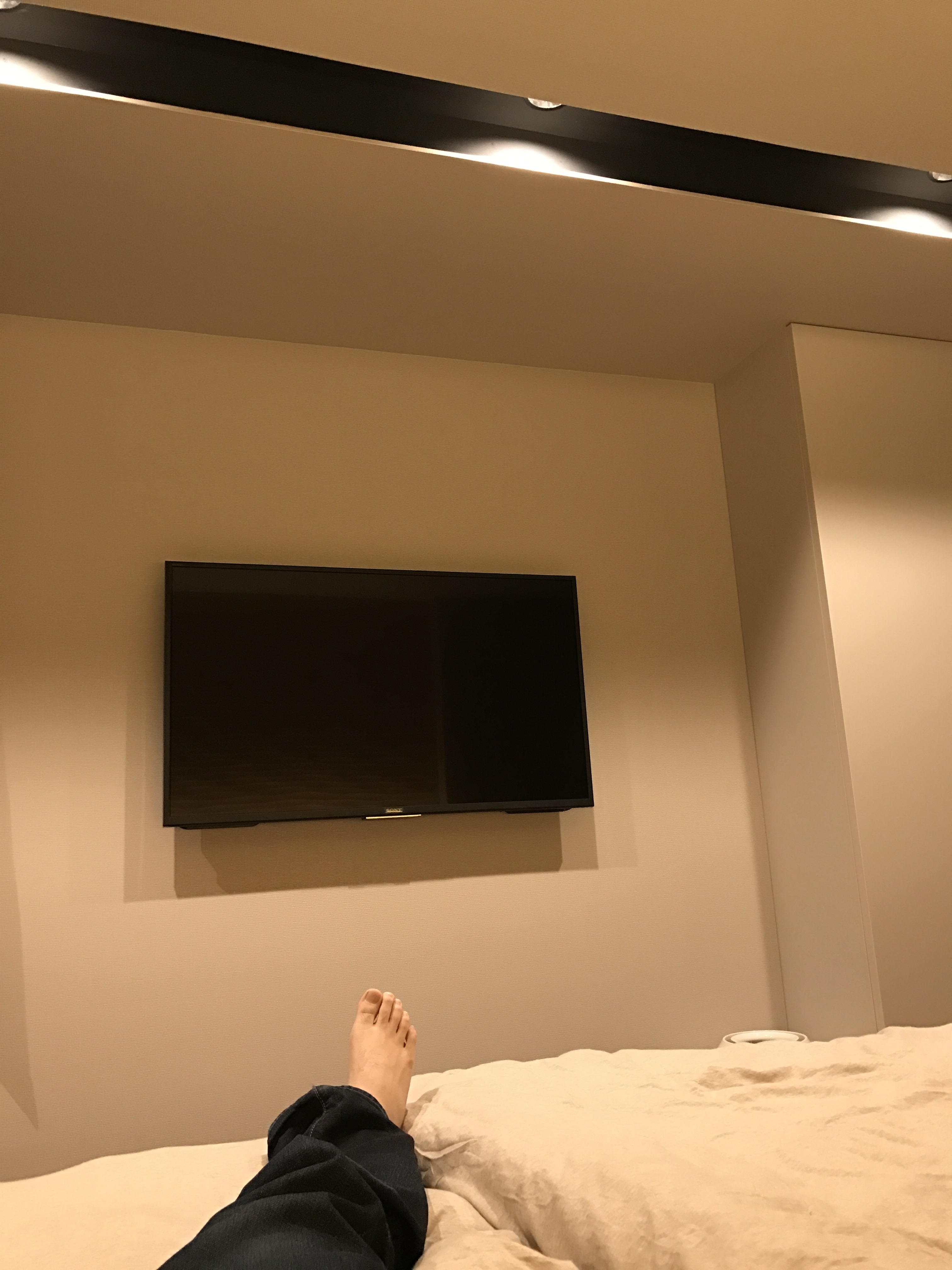 主寝室ダウンライト