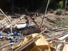薪小屋廃材 (2)