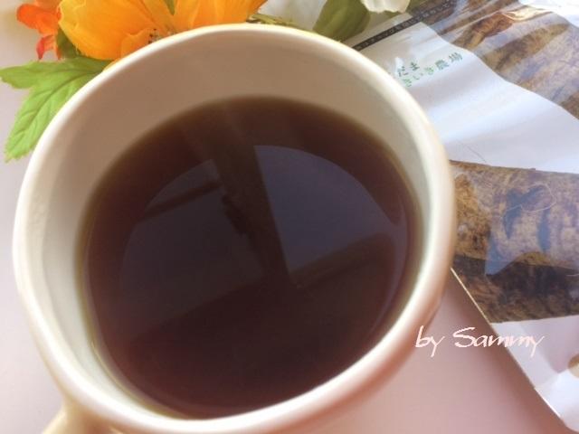有機高原のごぼう茶 1分後