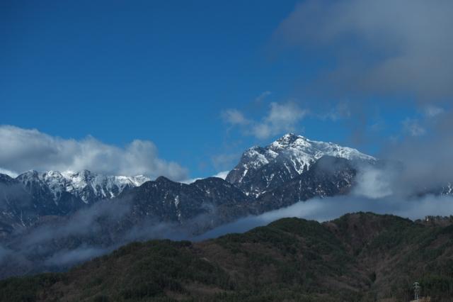 残雪の甲斐駒ヶ岳-01