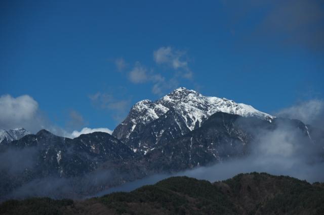 残雪の甲斐駒ヶ岳-02