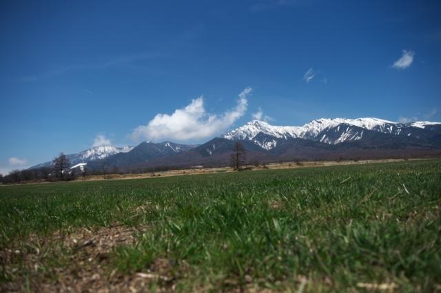 残雪残る八ヶ岳連峰