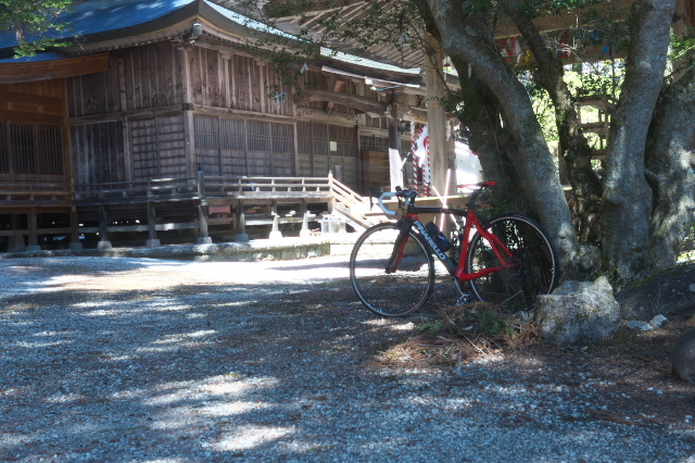 PINARELLO PRINCEと駒ヶ岳神社