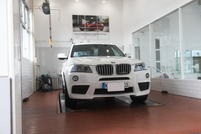 BMW/X3-000