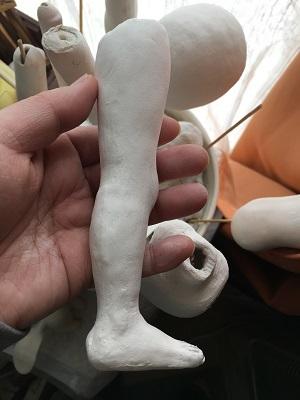 20170413 球体関節人形 自慢の足