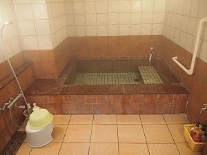 三国温泉 風呂