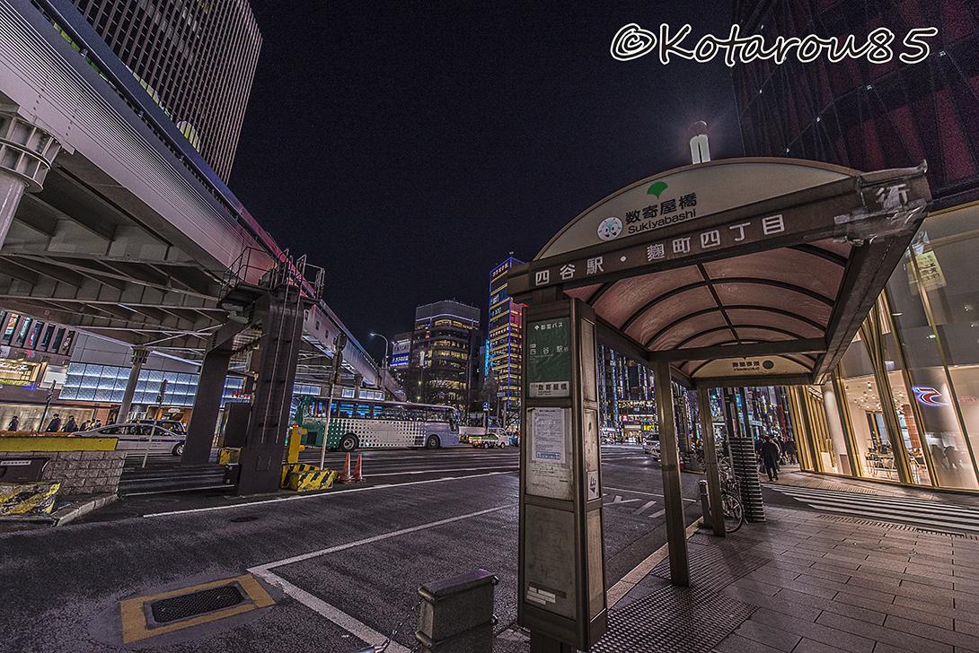 有楽町 深夜のバス停 20170313