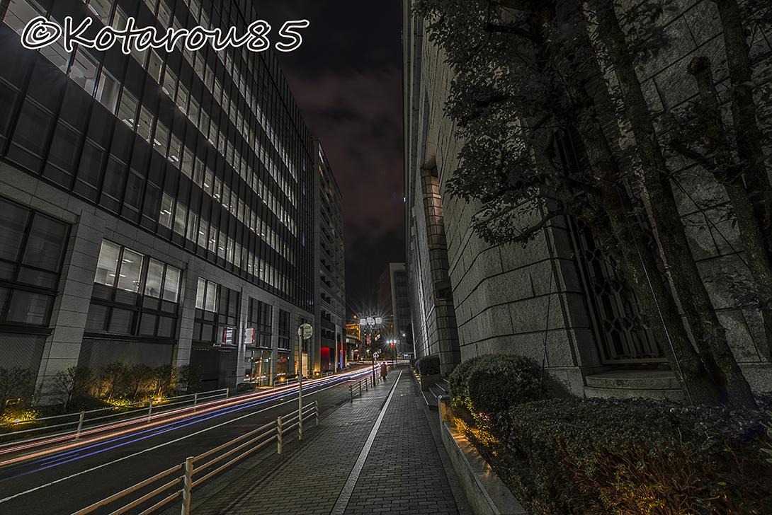 春の深夜 東京証券取引所2 20170324