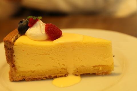 モニカ半熟チーズケーキ (2)