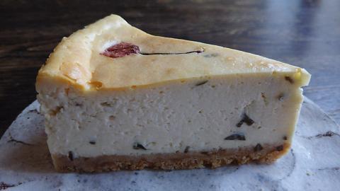 南果桜チーズケーキ (4)