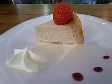 チョコレート研究所桜チーズケーキ (1)