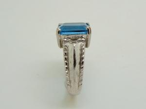 青い石のんリングBefore3