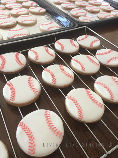 ソフトボールアイシングクッキー