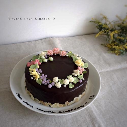 花かんむりのバースデーケーキ