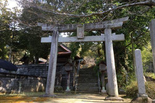 290328 鮭神社1