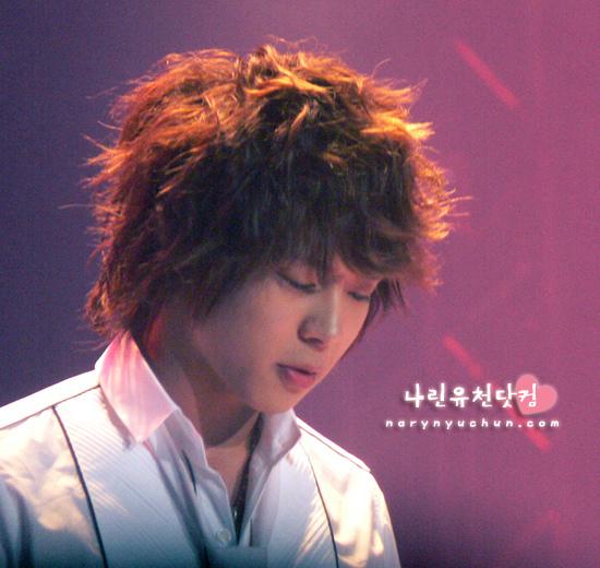060409_tvxq_bbq-concert_YC_04.jpg
