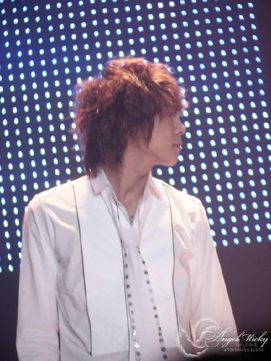 060409_tvxq_bbq-concert_YC_06.jpg