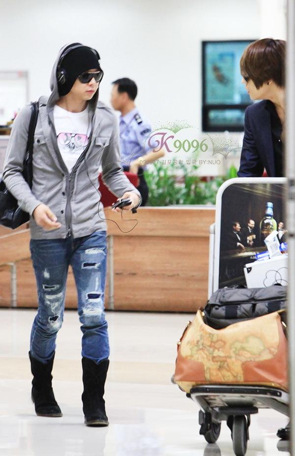 090927_tvxq_chunje_airport_04.jpg